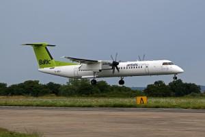 Dash8 Q400 der Air Baltic (Foto: Fyn Kobelt)